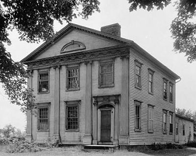 Black and white photo of the Allen House before restoration